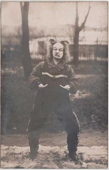 Postcard of a French clown gurning