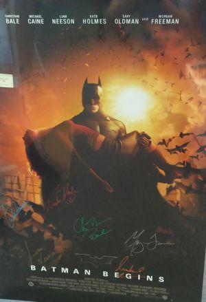 Von allen Stars signiertes Filmposter zu Batman Begins