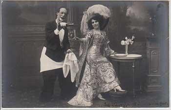 Postkarte eines Clowns mit Miss Ravizza