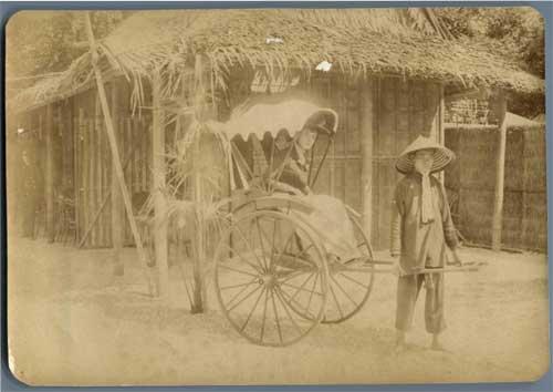 Les pousse-pousse étaient un des moyens de transport