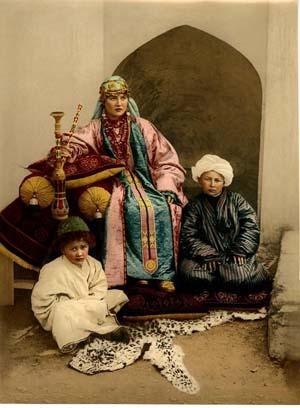 Femme et fils d'Ouzbékistan