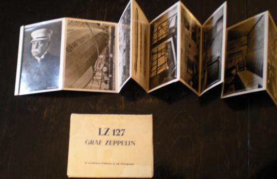 LZ 127. Graf Zeppelin. 10 verschiedene Postkarten in echt Photographie.